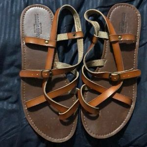 Mossimo brown sandals